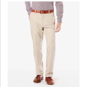 New Men's khaki dockers